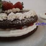 Torta cioccolato fragole e panna