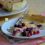 torta ganache di cioccolato bianco e frutti rossi