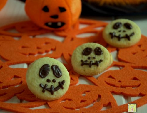 Biscotti per Halloween senza formine