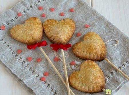 Biscotti cuore su stecco