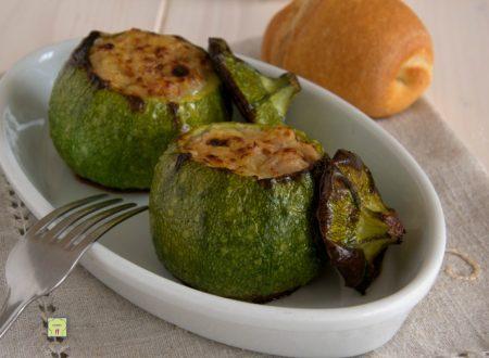 Zucchine tonde ripiene di tonno