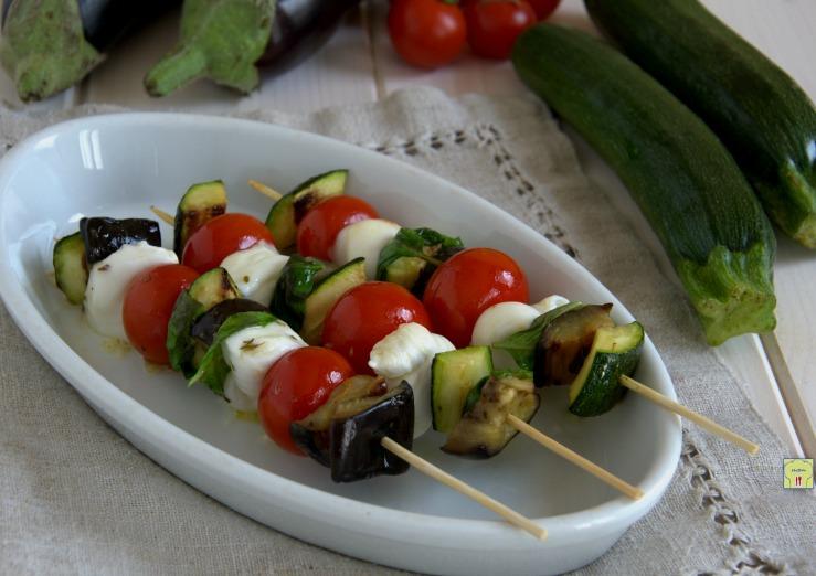 Kebab vegetariani mediterranei