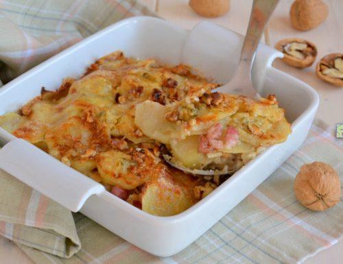 Teglia di patate gorgonzola e noci