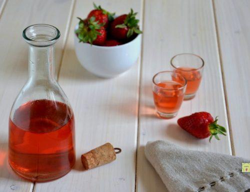 Fragolino o liquore alla fragola
