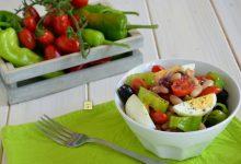 Insalata di cannellini uova e peperoncini dolci