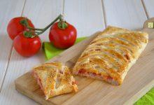 Strudel prosciutto pomodoro e mozzarella
