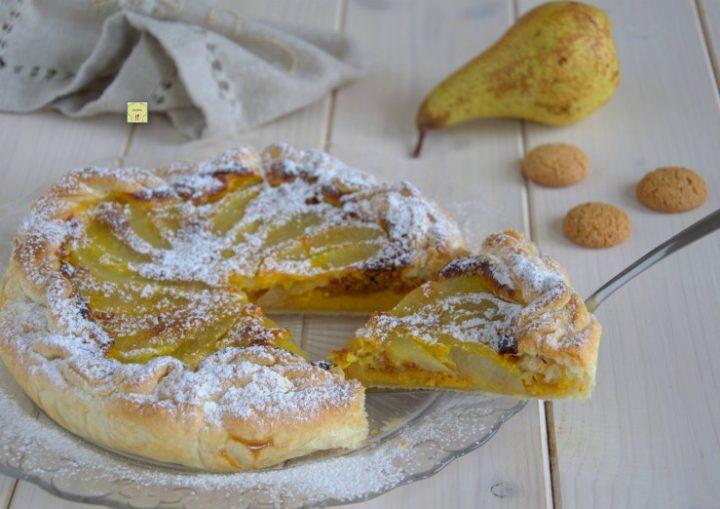 torta di sfoglia pere e amaretti