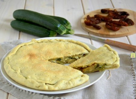 Torta rustica zucchine e pomodori secchi