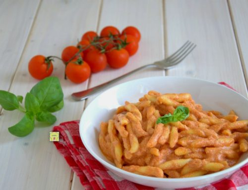 Pasta ricotta e pomodoro
