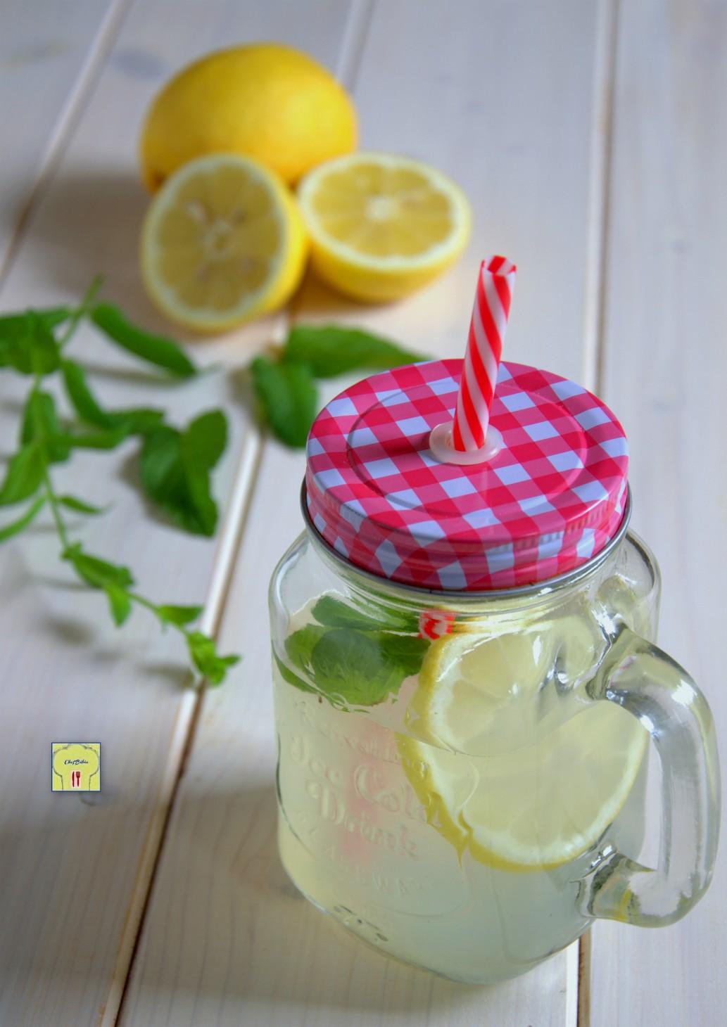 Ricetta Limonata Con Menta.Limonata Alla Menta Bevanda Fresca E Rinfrescante