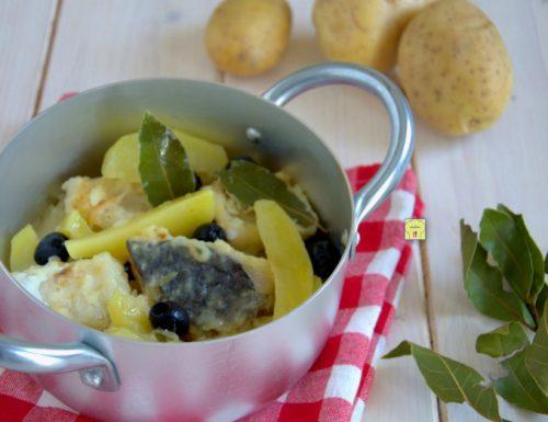 Baccalà in umido con patate e olive