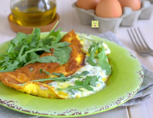 Omelette formaggi e rucola