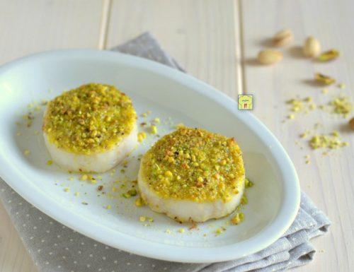 Medaglioni di merluzzo in crosta di pistacchi