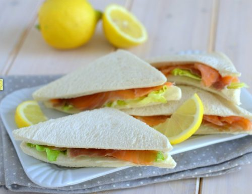 Sandwich al salmone