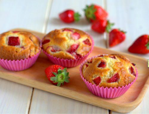 Muffin fragole e yogurt