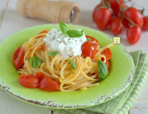 Linguine pomodorini e stracciatella