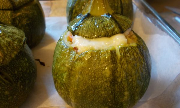 Zucchine tonde ripiene di cous cous, ricetta light