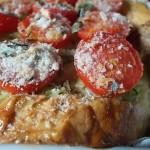 Torta di pane, zucchine e pomodori