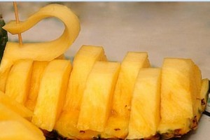 """3) ananas """"a cigno"""""""