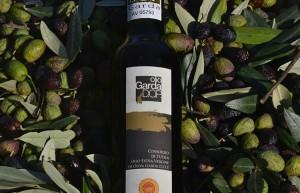 Olio extravergine d'oliva Garda D.O.P. - per la foto si ringrazia