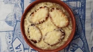 """""""Soupe à l'oignon"""" - zuppa di cipolle"""