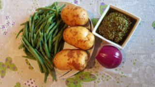 Insalata di fagiolini, patate e pesto