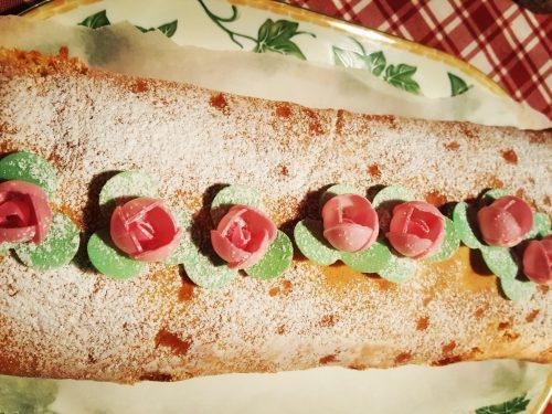 Salame dolce con marmellata di albicocche