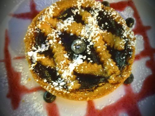 Crostatine con farina di mais e confettura di mirtilli
