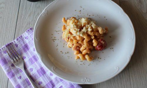 Pasta al Forno Cremosa con Pomodori Pachino e Besciamella