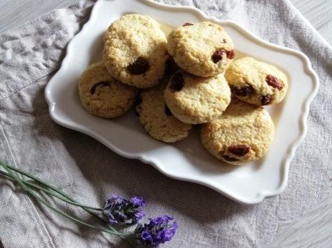 Biscotti al Cocco e Uvetta