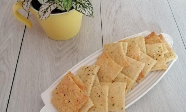 Crackers al Parmigiano e Origano