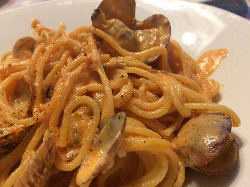 Spaghetti di vongole veraci alla corsara