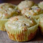 Muffin salati zucchine e prosciutto