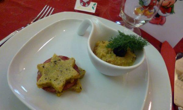 Millefoglie di polenta con tartufo e cotechino
