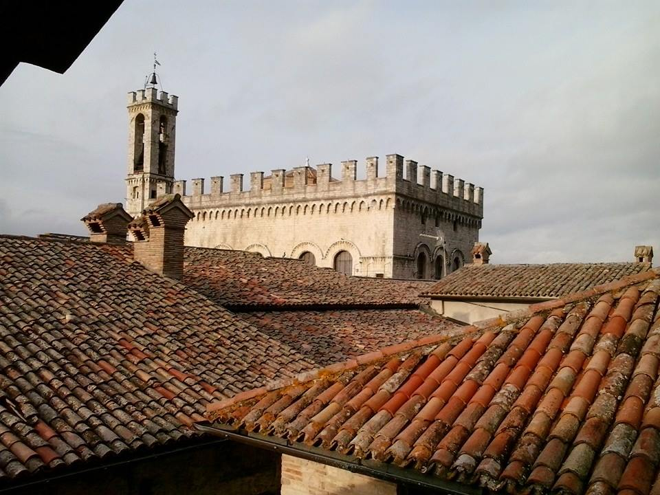 Gubbio e i suoi tetti