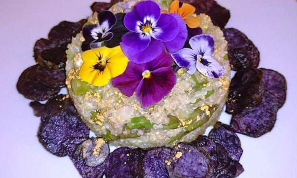 Quinoa con Galaverna del Mugello, asparagi, fiori ed oro eduli