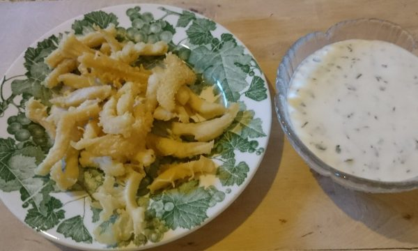 Trippa fritta con salsa alla menta e limone