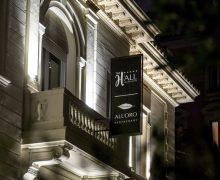 APRE ALL'ORO e la sua casa, THE H'ALL, hotel 5* di Riccardo e Ramona Di Giacinto