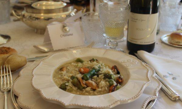 Risotto con cozze, asparagi e salsa di pecorino e vino