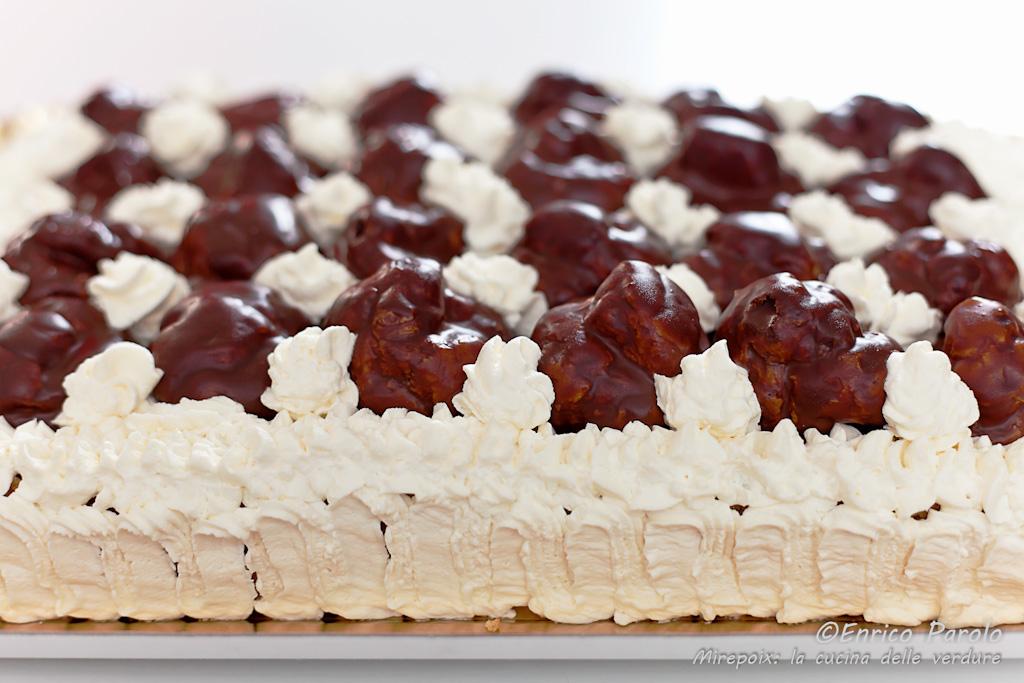 Profiteroles cake ricetta golosa mirepoix la cucina for Cucinare per 40 persone