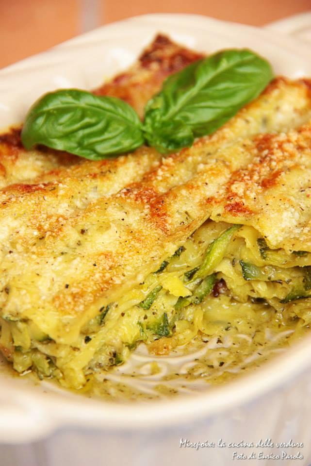 Lasagna al pesto con zucchine