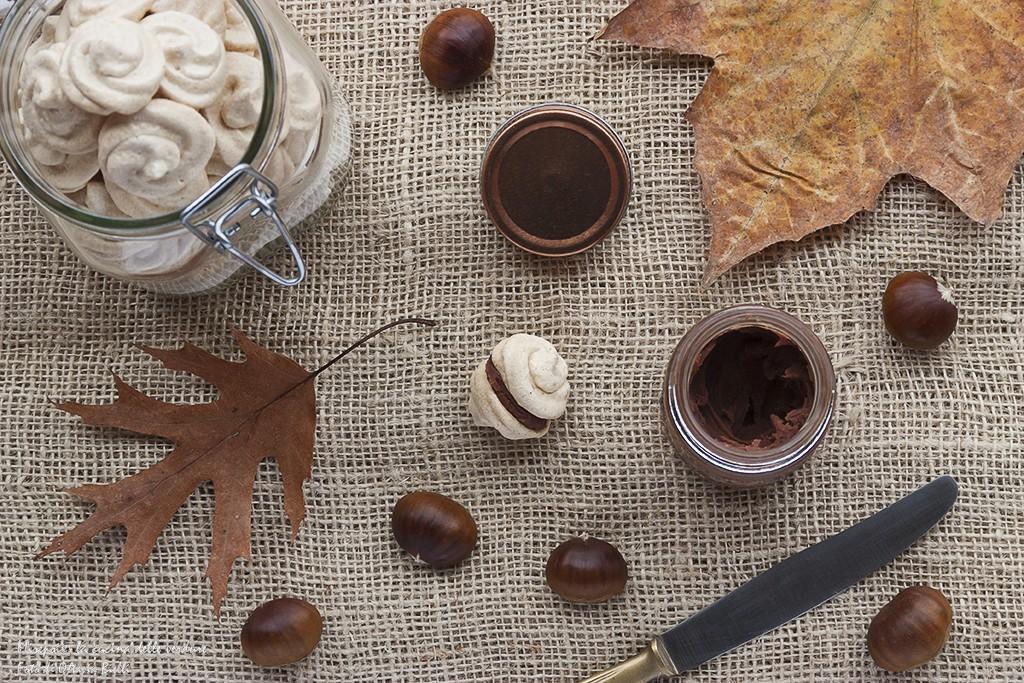 Baci di meringa con crema di castagne e cioccolato