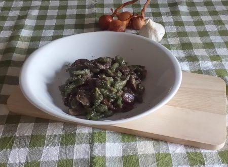 Spatzle agli spinaci con champignon