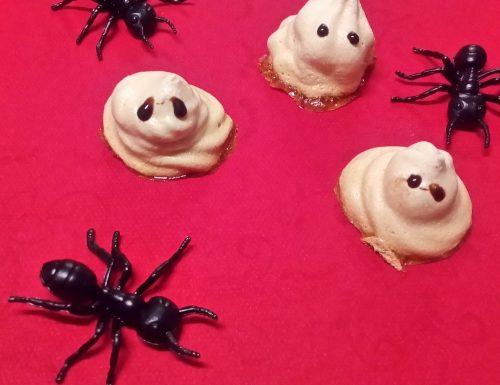 Fantasmini di Halloween (meringhe)