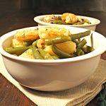 Zuppa di fagiolini, patate, seppioline e gamberetti