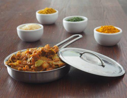 Dall'India: Curry di fave, fagioli, patate e anatra