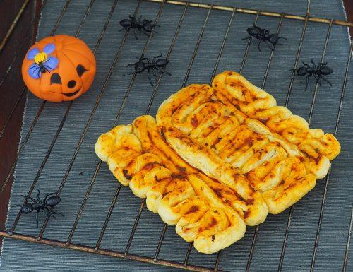 Intestino di pasta sfoglia salato (Halloween)