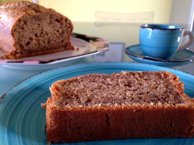 Plum cake noci e caffè, energetico risveglio mattutino