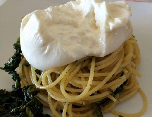 Friarielli e burrata, spaghetti gustosi