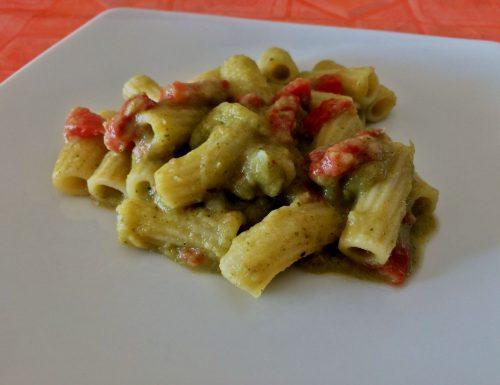 Rigatoni con crema di broccolo siciliano